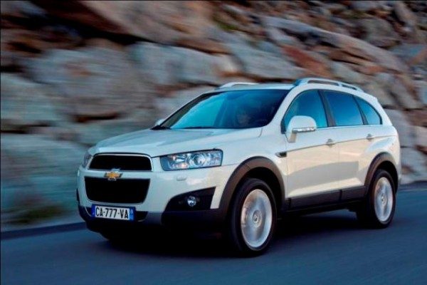chevrolet captiva un suv familialvoiture familiale. Black Bedroom Furniture Sets. Home Design Ideas