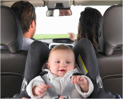 voiture famille bébé
