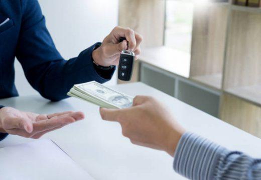 Faut-il acheter sa voiture d'occasion auprès d'un particulier ou d'un professionnel ?