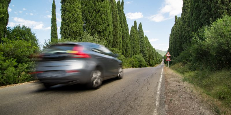 Comment préparer sa voiture avant le grand départ en vacances ?